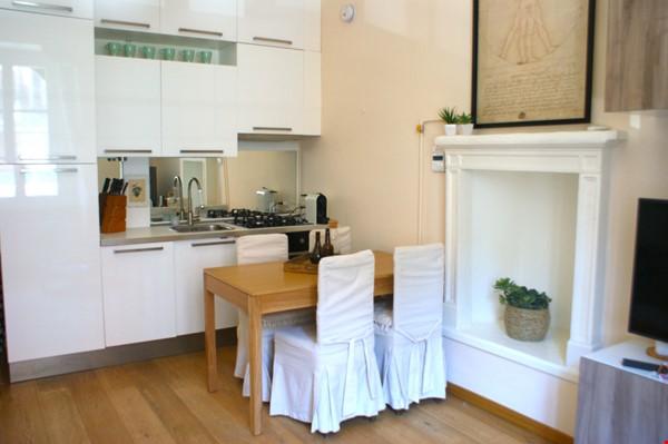 Lovely one bedroom flat in Porta Romana Milano Home Rental in Milano 1 - thumbnail