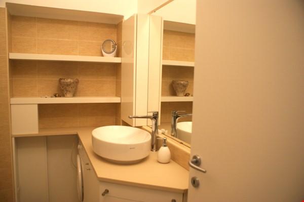 Lovely one bedroom flat in Porta Romana Milano Home Rental in Milano 3 - thumbnail