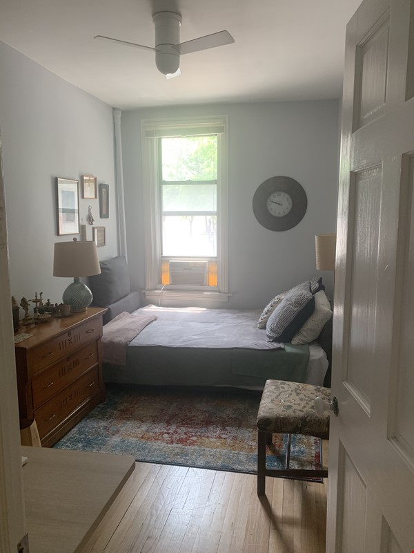 Spacious, Bright Apartment Steps From Columbia Home Rental in New York 8 - thumbnail
