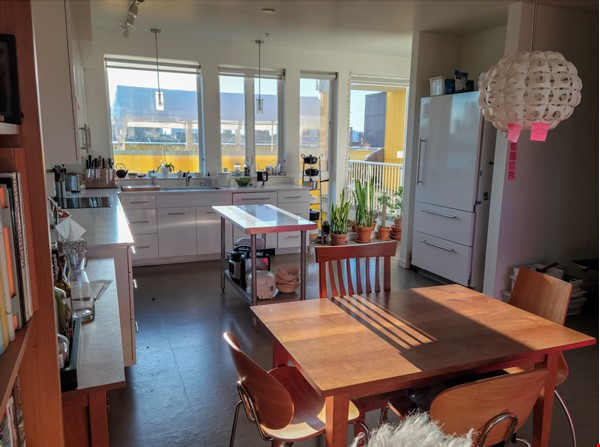 Unique opportunity to experience co-housing Home Rental in Seattle 0 - thumbnail