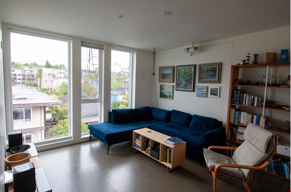 Unique opportunity to experience co-housing Home Rental in Seattle 2 - thumbnail