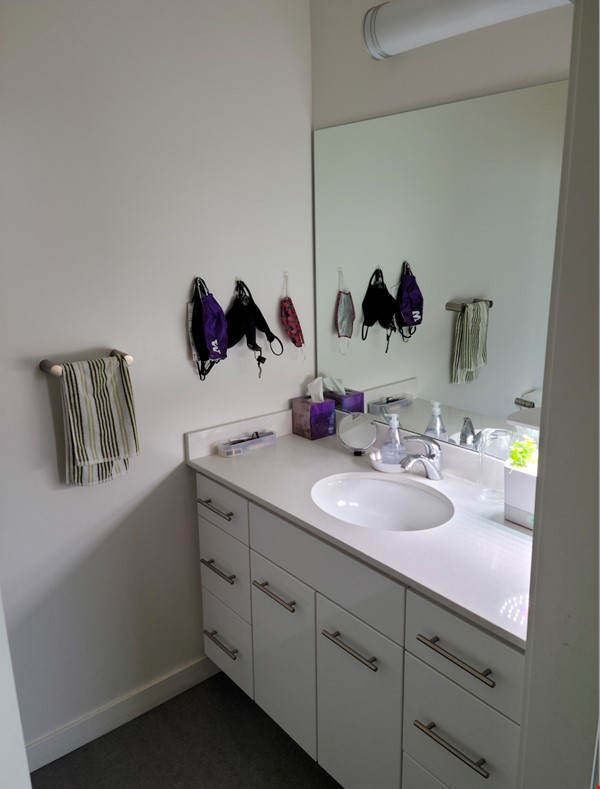 Unique opportunity to experience co-housing Home Rental in Seattle 7 - thumbnail