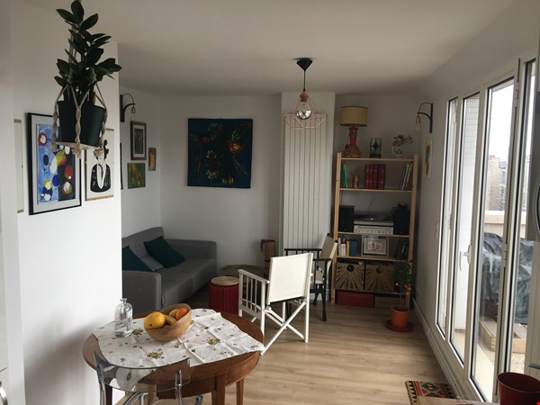 Amazing flat with TERRACE and BALCONY in Paris, Montmartre Home Exchange in Paris 3 - thumbnail