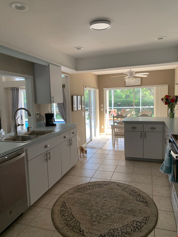 Gorgeous House for Rent near Dunedin Causeway Home Rental in Palm Harbor 4 - thumbnail