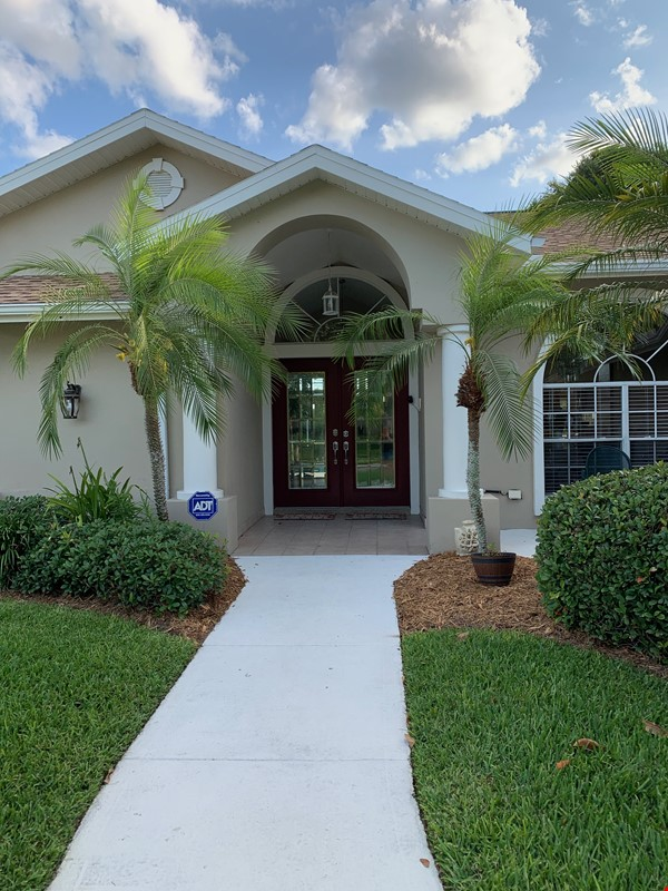 Gorgeous House for Rent near Dunedin Causeway Home Rental in Palm Harbor 0 - thumbnail