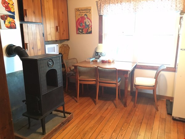 3-bedroom home, country setting, close to Cornell and Ithaca College. Home Rental in Ithaca 2 - thumbnail