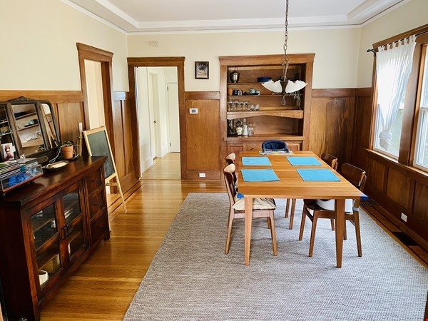 Beautiful craftsman home near UC Berkeley Home Rental in Oakland 3 - thumbnail