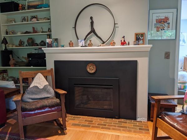 Cozy Fun Ravenna Home Home Rental in Seattle 3 - thumbnail
