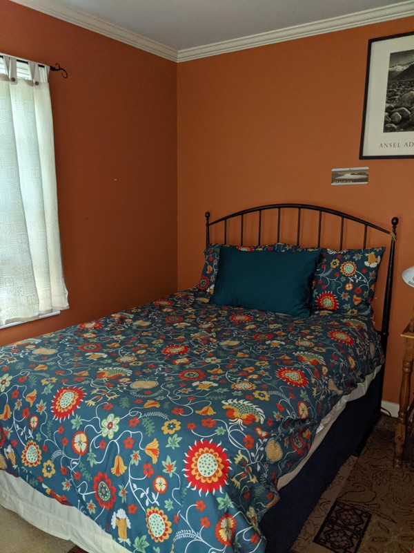 Cozy Fun Ravenna Home Home Rental in Seattle 4 - thumbnail