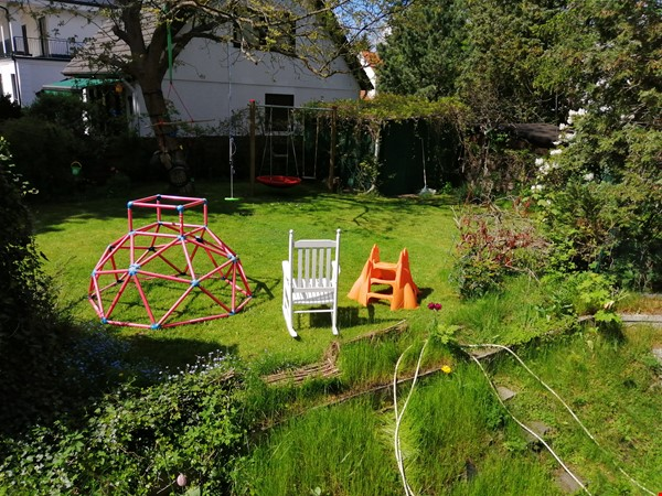 Grunewald apartment with large garden, 6 minutes by S-Bahn from city west Home Rental in Berlin 1 - thumbnail