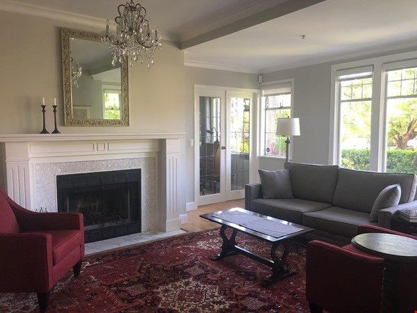 Large, elegant, furnished apartment in Kitsilano, near the beach, UBC Home Rental in Vancouver 3 - thumbnail