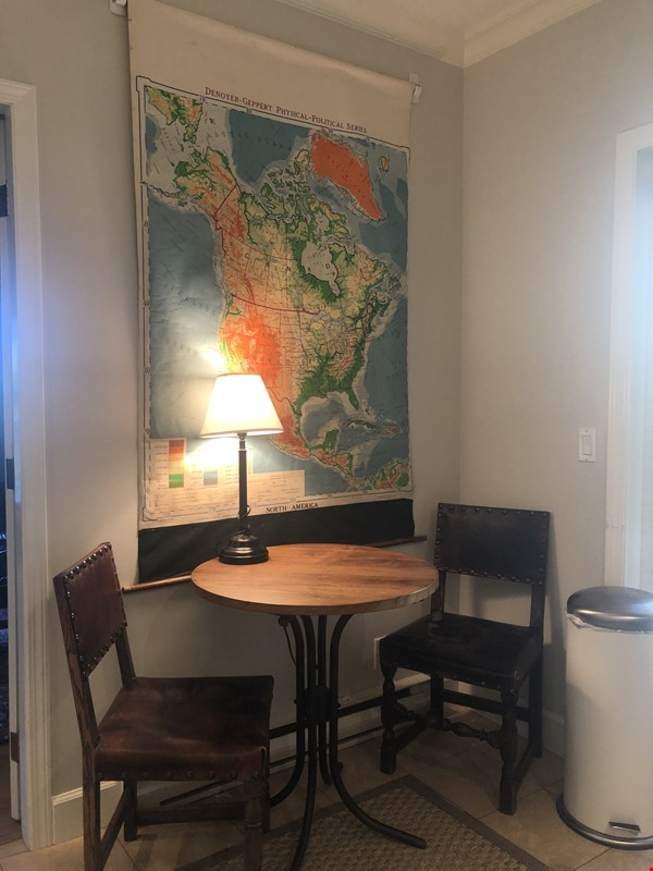Large, elegant, furnished apartment in Kitsilano, near the beach, UBC Home Rental in Vancouver 2 - thumbnail