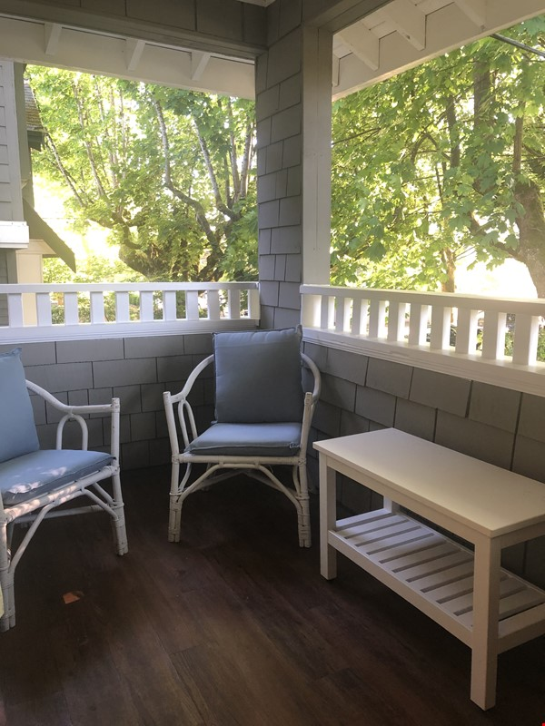 Large, elegant, furnished apartment in Kitsilano, near the beach, UBC Home Rental in Vancouver 7 - thumbnail