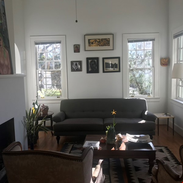 Beautiful corner hilltop setting only two blocks away from Piedmont Park Home Rental in Atlanta 1 - thumbnail