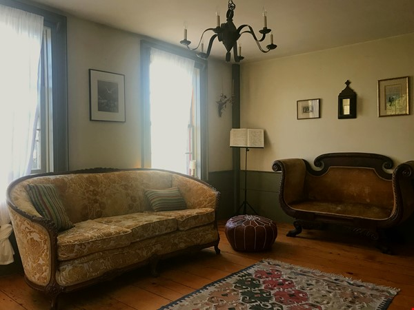 A Rural Writer's Sanctuary Home Rental in Bridport 3 - thumbnail