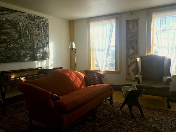 A Rural Writer's Sanctuary Home Rental in Bridport 4 - thumbnail