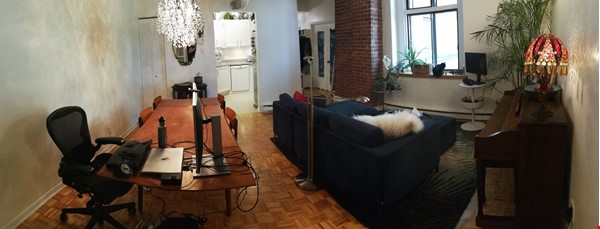 Cozy 2-bedroom unit in a converted factory in the heart of Montreal Home Rental in Montréal 1 - thumbnail