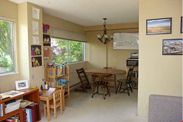 Vancouver seawall apartment with downtown and harbor views, furnished 2BR Home Rental in Vancouver 3 - thumbnail