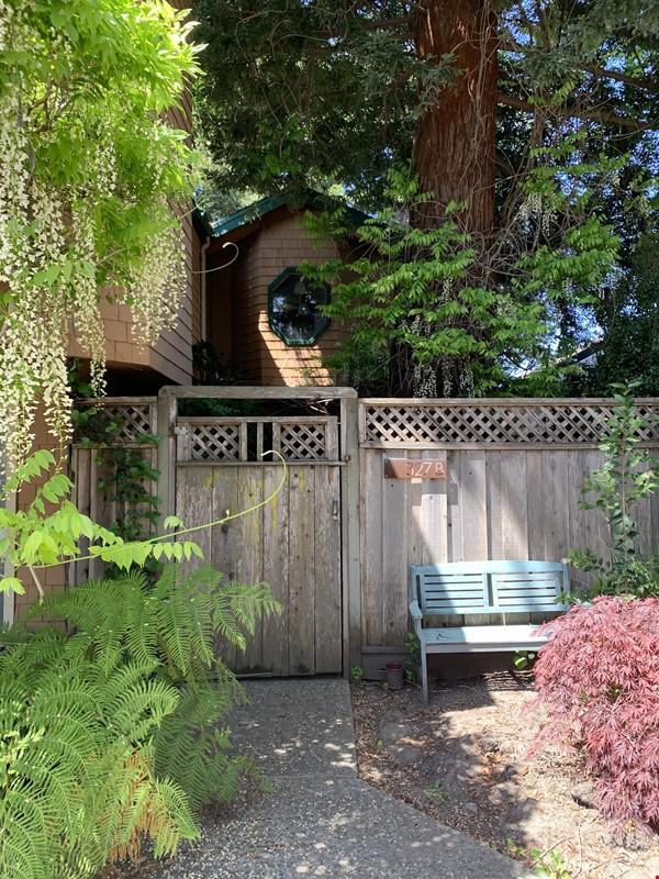Steps to Beach Boardwalk - 3 Bdrm/2 Bath entire home Home Rental in Santa Cruz 9 - thumbnail