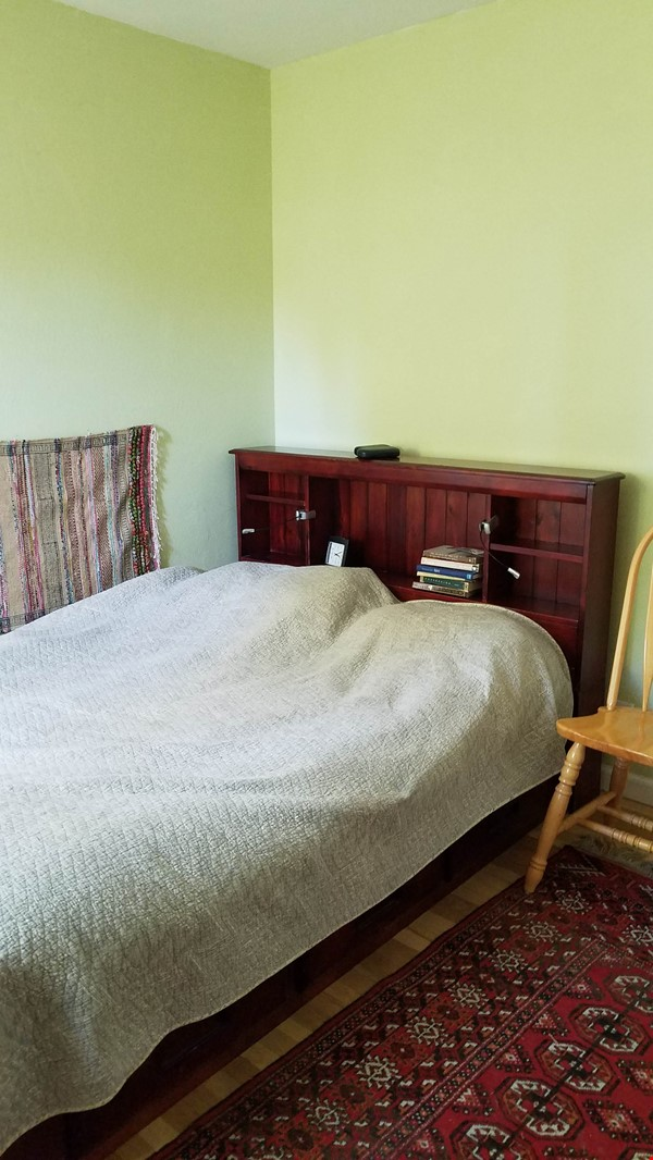 Charming, Quiet Bungalow near Stanford for AY 2021-2022 Home Rental in Mountain View 7 - thumbnail