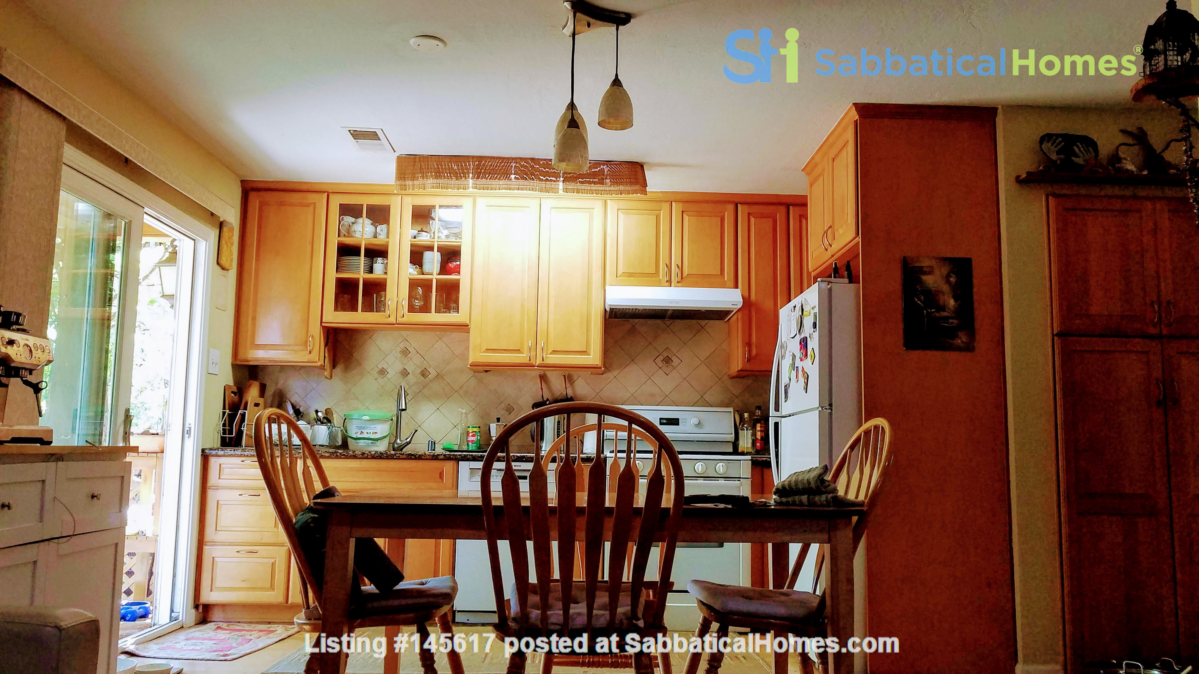 Charming, Quiet Bungalow near Stanford for AY 2021-2022 Home Rental in Mountain View, California, United States 2