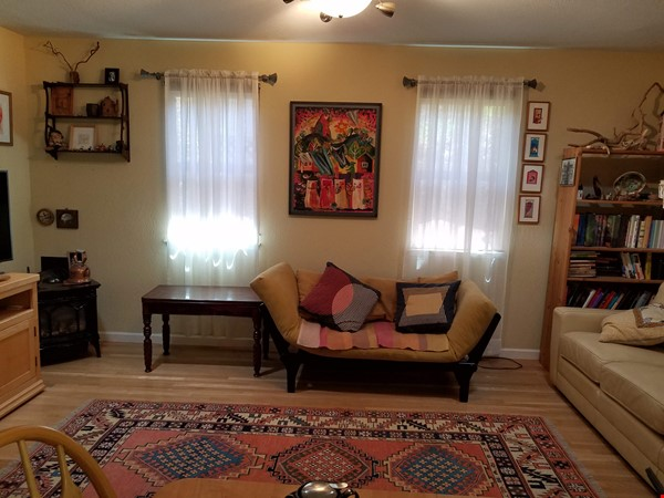Charming, Quiet Bungalow near Stanford for AY 2021-2022 Home Rental in Mountain View 3 - thumbnail