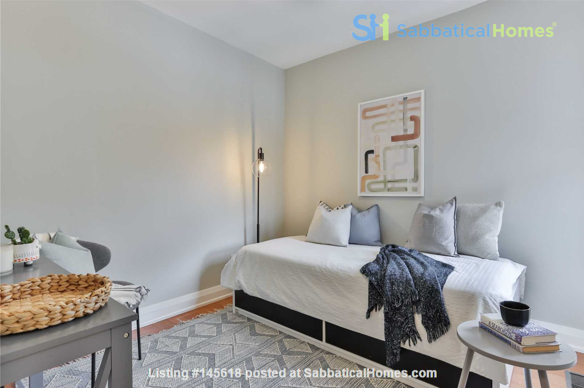 Beautiful open-concept home in the heart of Leslieville, Toronto Home Rental in Toronto, Ontario, Canada 6