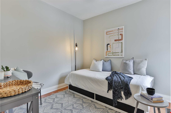 Beautiful open-concept home in the heart of Leslieville, Toronto Home Rental in Toronto 6 - thumbnail