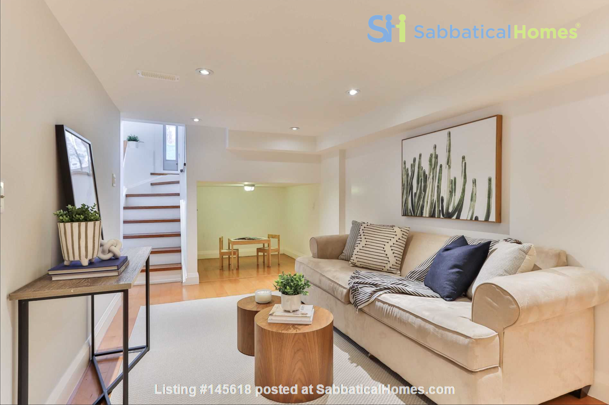 Beautiful open-concept home in the heart of Leslieville, Toronto Home Rental in Toronto, Ontario, Canada 7