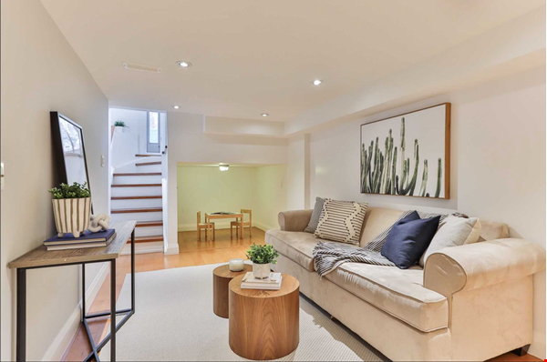 Beautiful open-concept home in the heart of Leslieville, Toronto Home Rental in Toronto 7 - thumbnail