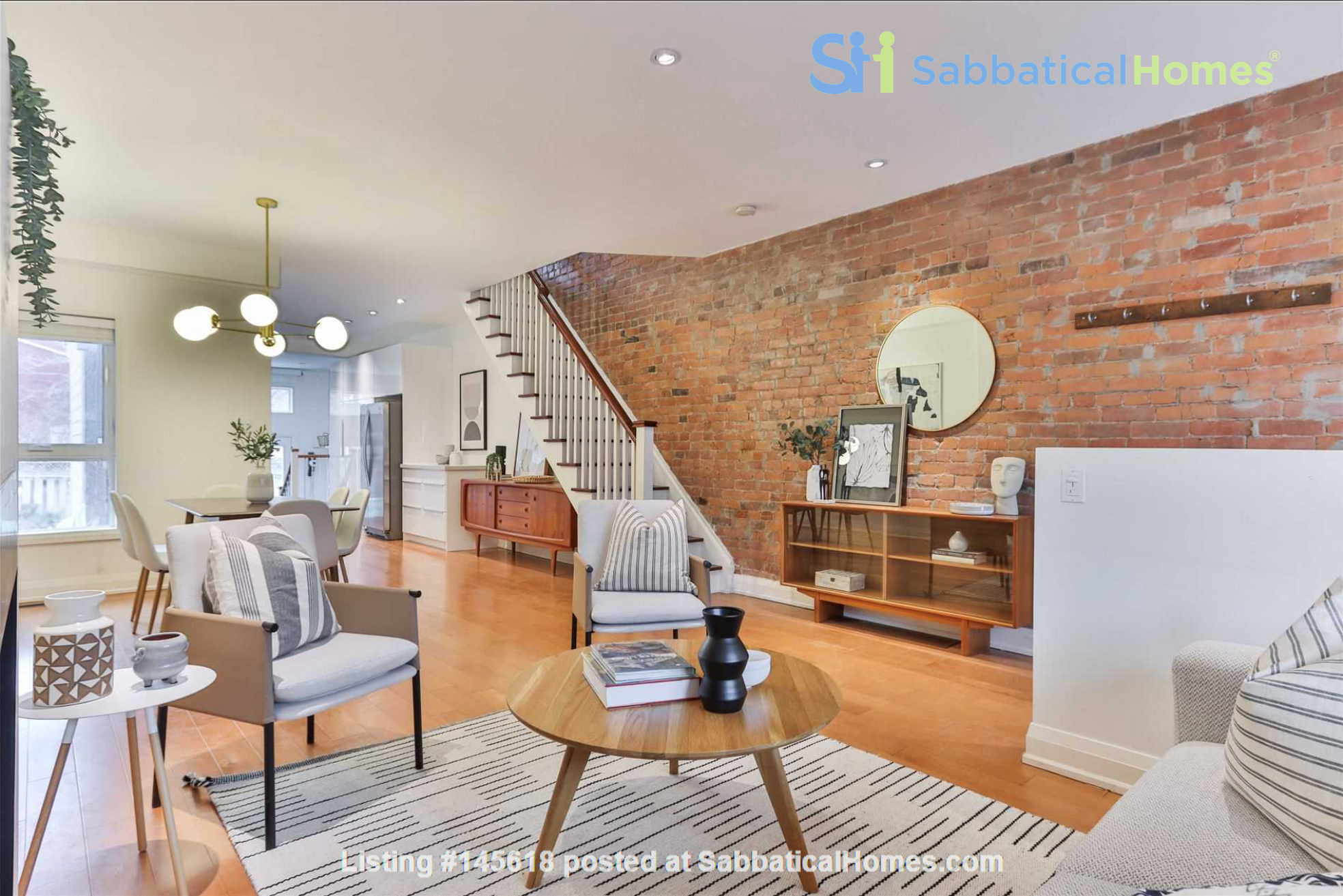 Beautiful open-concept home in the heart of Leslieville, Toronto Home Rental in Toronto, Ontario, Canada 0