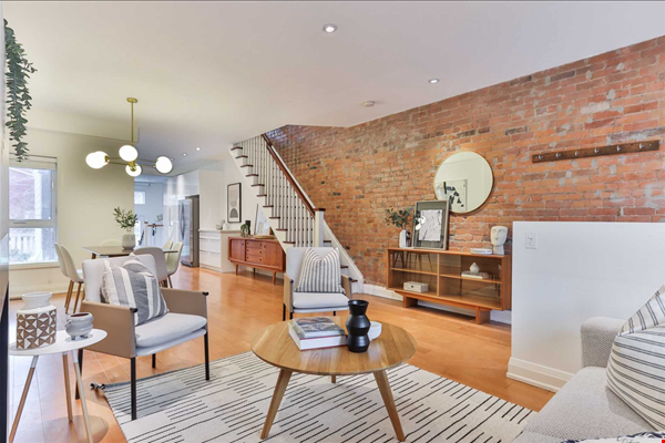 Beautiful open-concept home in the heart of Leslieville, Toronto Home Rental in Toronto 0 - thumbnail