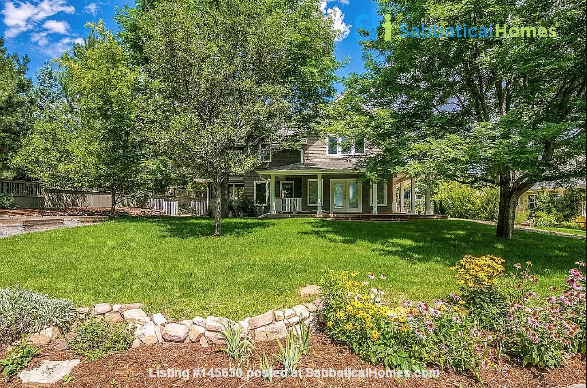 Wonderfully appointed, remodeled house in best neighborhood in Boulder! Home Rental in Boulder, Colorado, United States 0