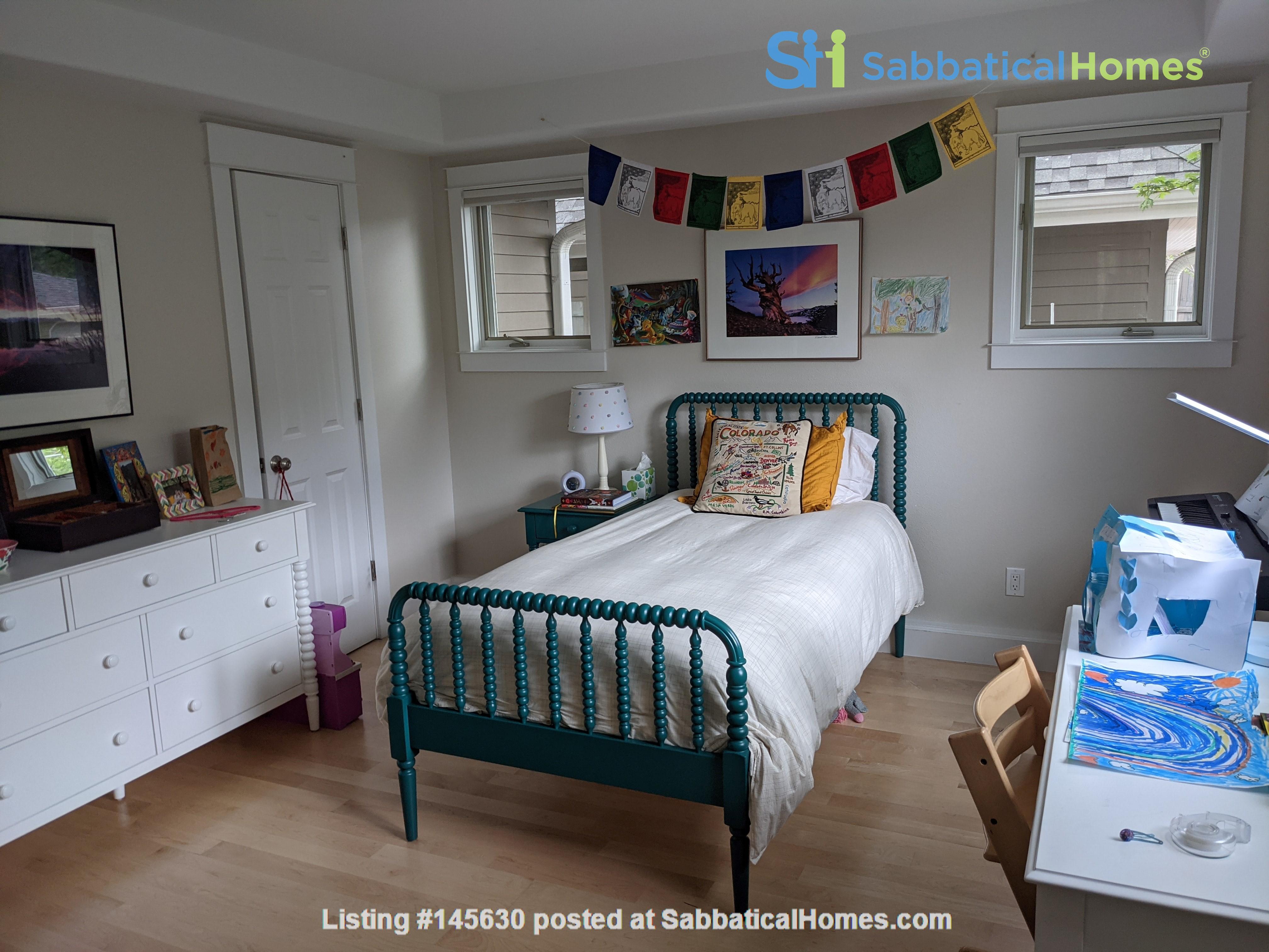 Wonderfully appointed, remodeled house in best neighborhood in Boulder! Home Rental in Boulder, Colorado, United States 6
