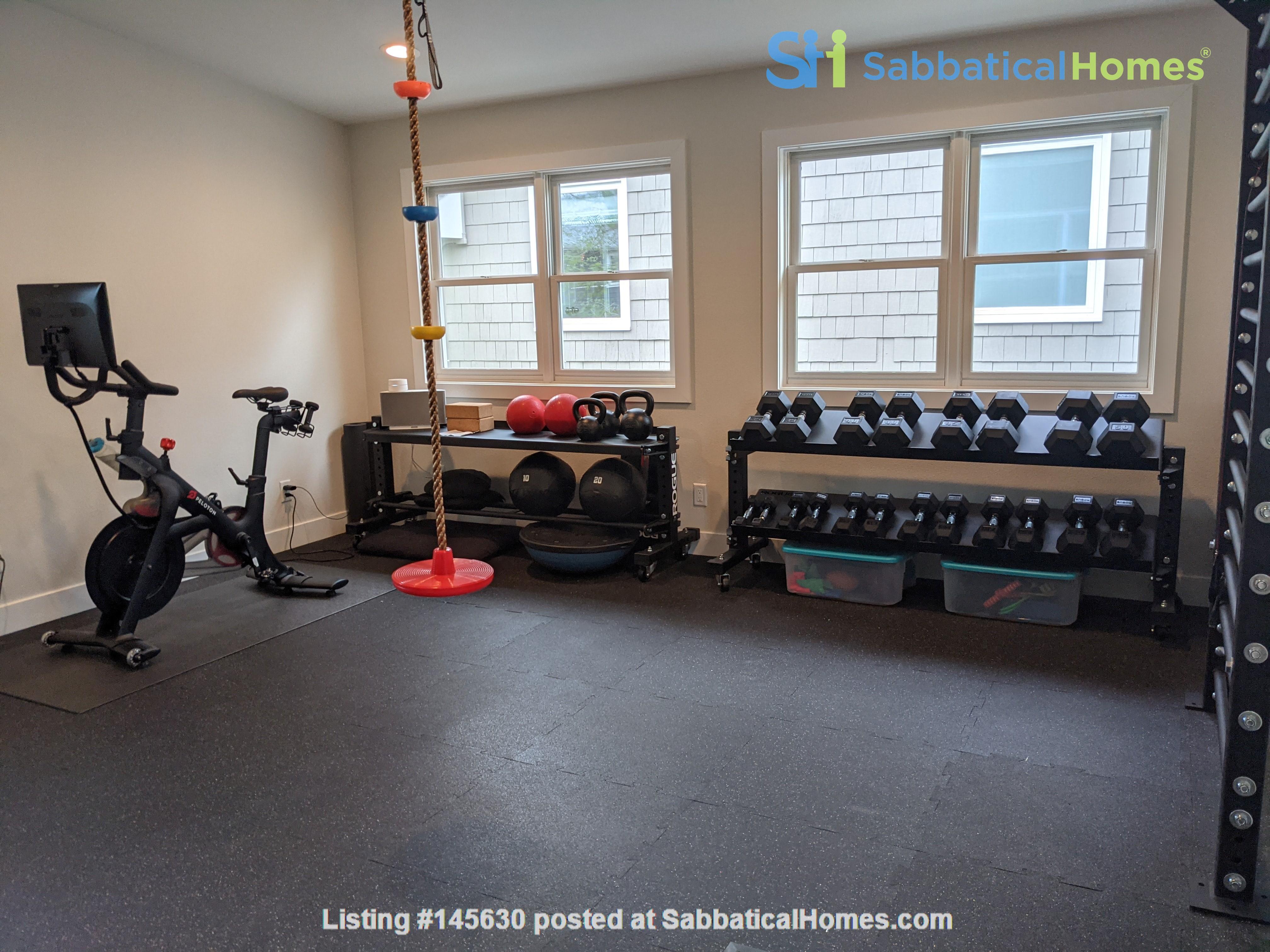 Wonderfully appointed, remodeled house in best neighborhood in Boulder! Home Rental in Boulder, Colorado, United States 1
