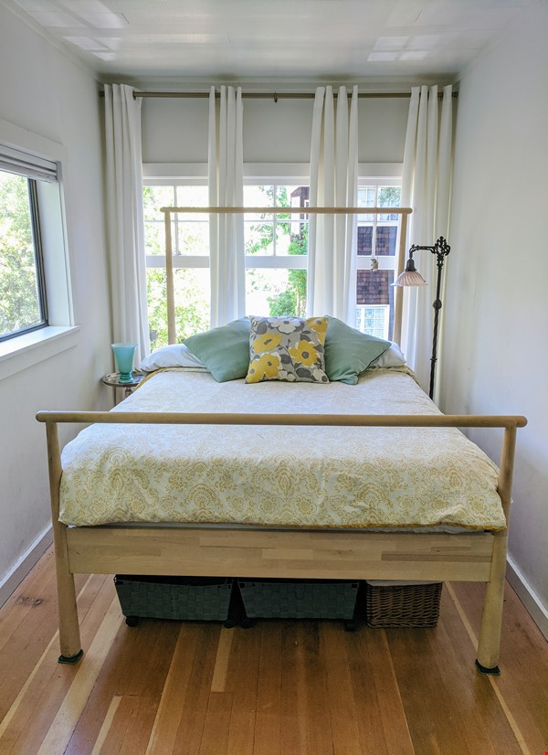 CHARMING PRIVATE COTTAGE 1 BR/1 BA + Office/studio space (720sft) Home Rental in San Rafael 6 - thumbnail