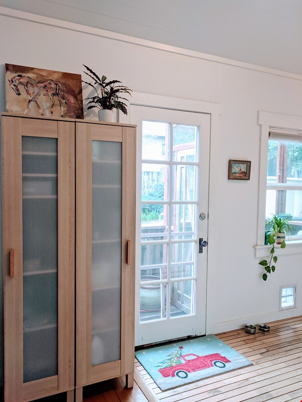 CHARMING PRIVATE COTTAGE 1 BR/1 BA + Office/studio space (720sft) Home Rental in San Rafael 4 - thumbnail