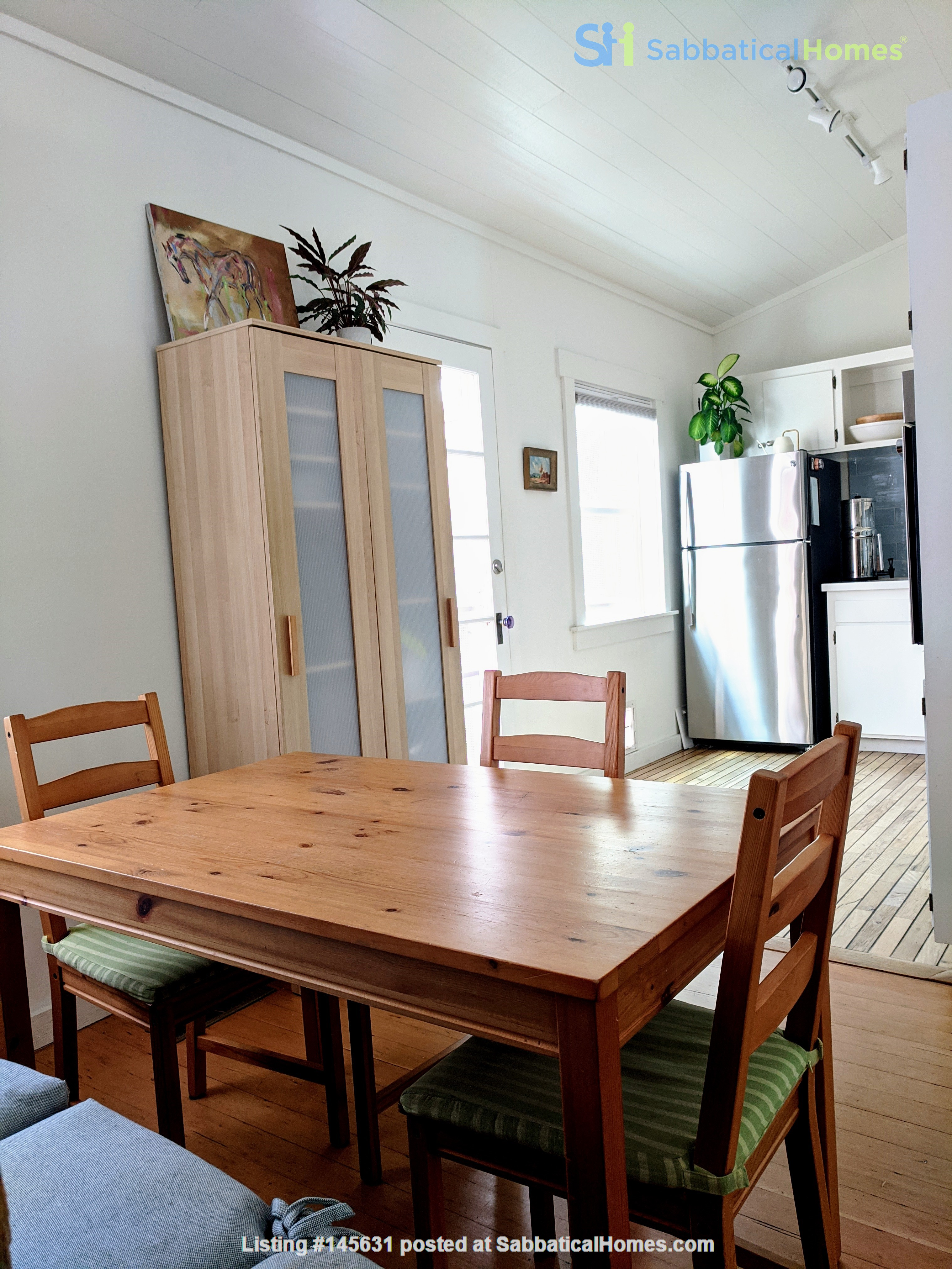 CHARMING PRIVATE COTTAGE 1 BR/1 BA + Office/studio space (720sft) Home Rental in San Rafael, California, United States 2