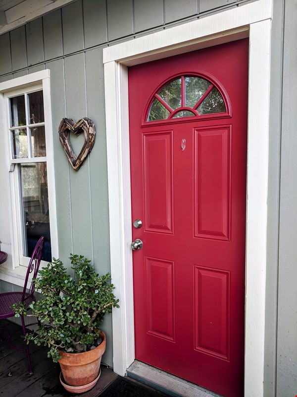 CHARMING PRIVATE COTTAGE 1 BR/1 BA + Office/studio space (720sft) Home Rental in San Rafael 0 - thumbnail