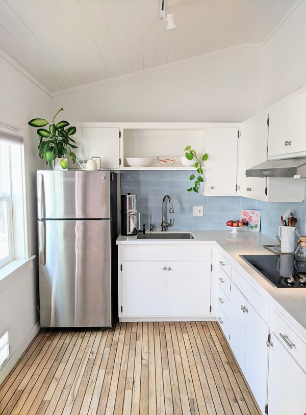 CHARMING PRIVATE COTTAGE 1 BR/1 BA + Office/studio space (720sft) Home Rental in San Rafael 3 - thumbnail