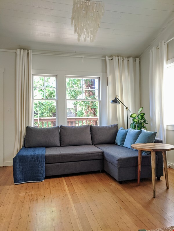CHARMING PRIVATE COTTAGE 1 BR/1 BA + Office/studio space (720sft) Home Rental in San Rafael 1 - thumbnail