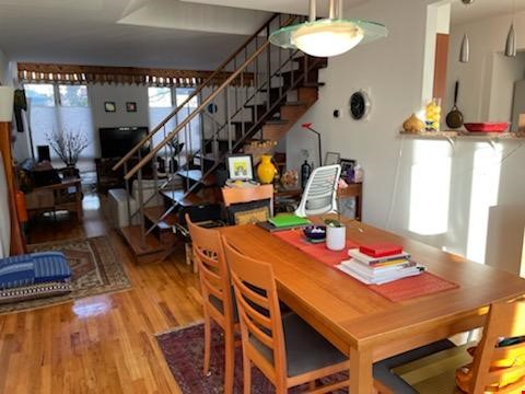 A beautiful, well-lit, furnished modern condo in historic Wooster Square Home Rental in New Haven 4 - thumbnail