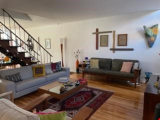 A beautiful, well-lit, furnished modern condo in historic Wooster Square Home Rental in New Haven 2 - thumbnail