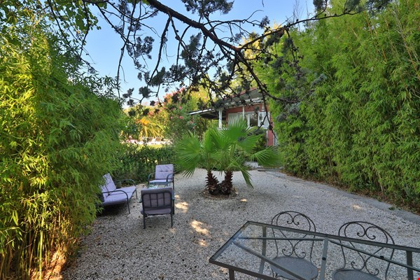 Your own bungalow in Provence - large garden and pool - close to city Home Exchange in La Garde 2 - thumbnail