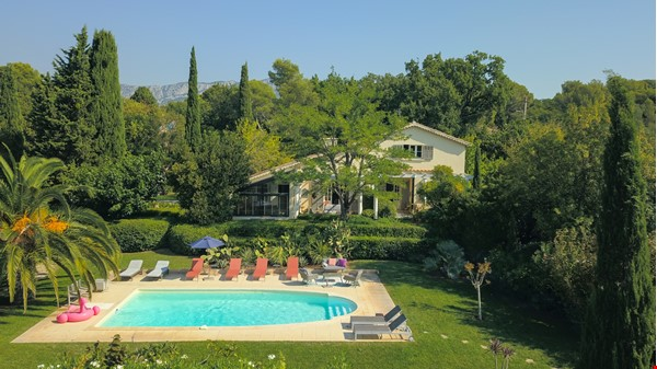 Your own bungalow in Provence - large garden and pool - close to city Home Exchange in La Garde 3 - thumbnail
