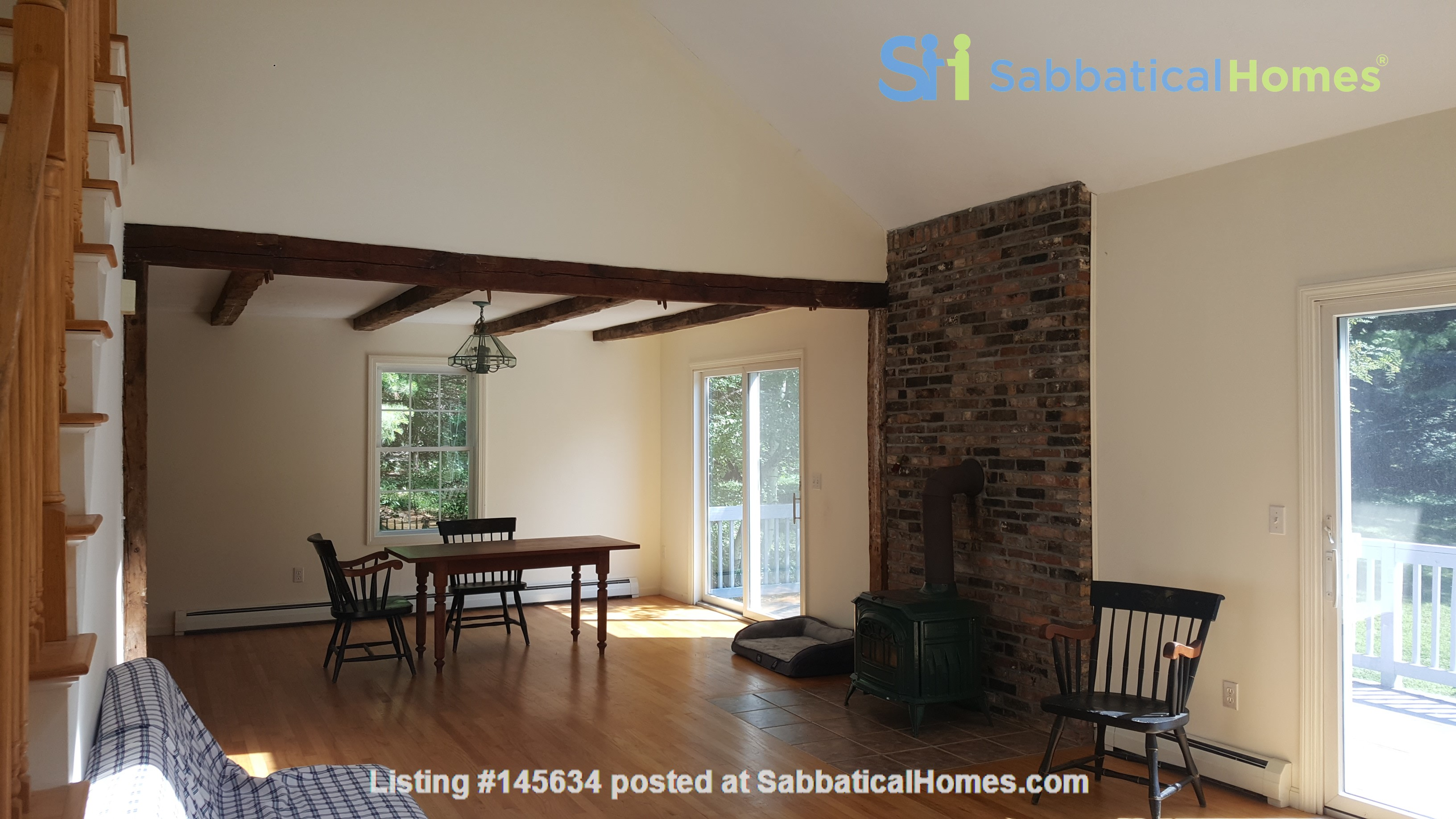 2 bedroom country house / 25 miles North of Boston and Cambridge Home Rental in Andover, Massachusetts, United States 1