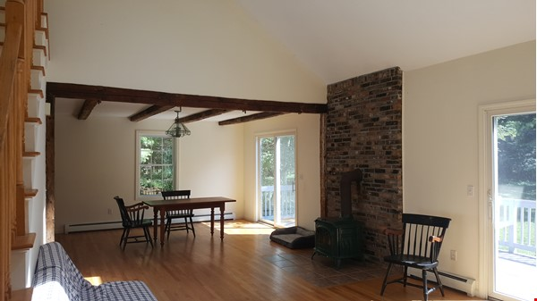 2 bedroom country house / 25 miles North of Boston and Cambridge Home Rental in Andover 1 - thumbnail