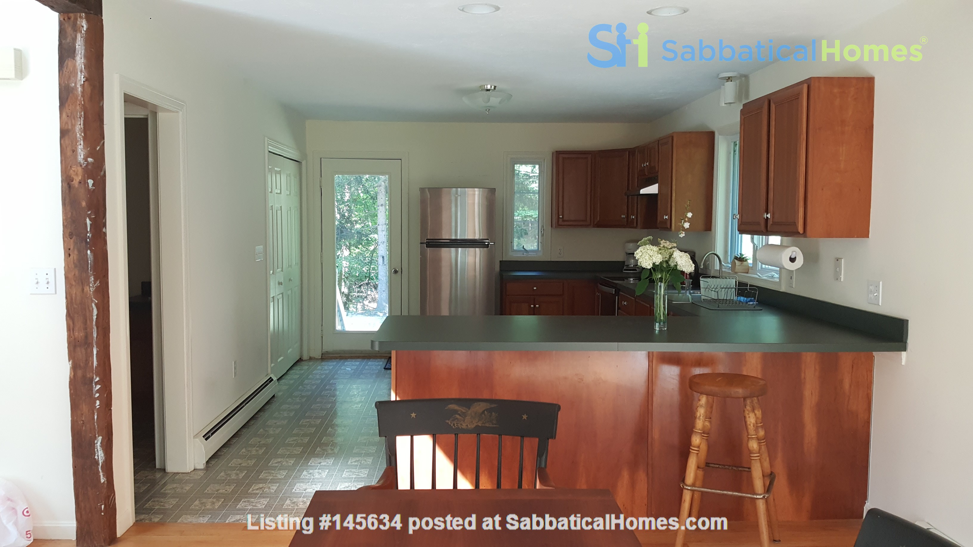 2 bedroom country house / 25 miles North of Boston and Cambridge Home Rental in Andover, Massachusetts, United States 2