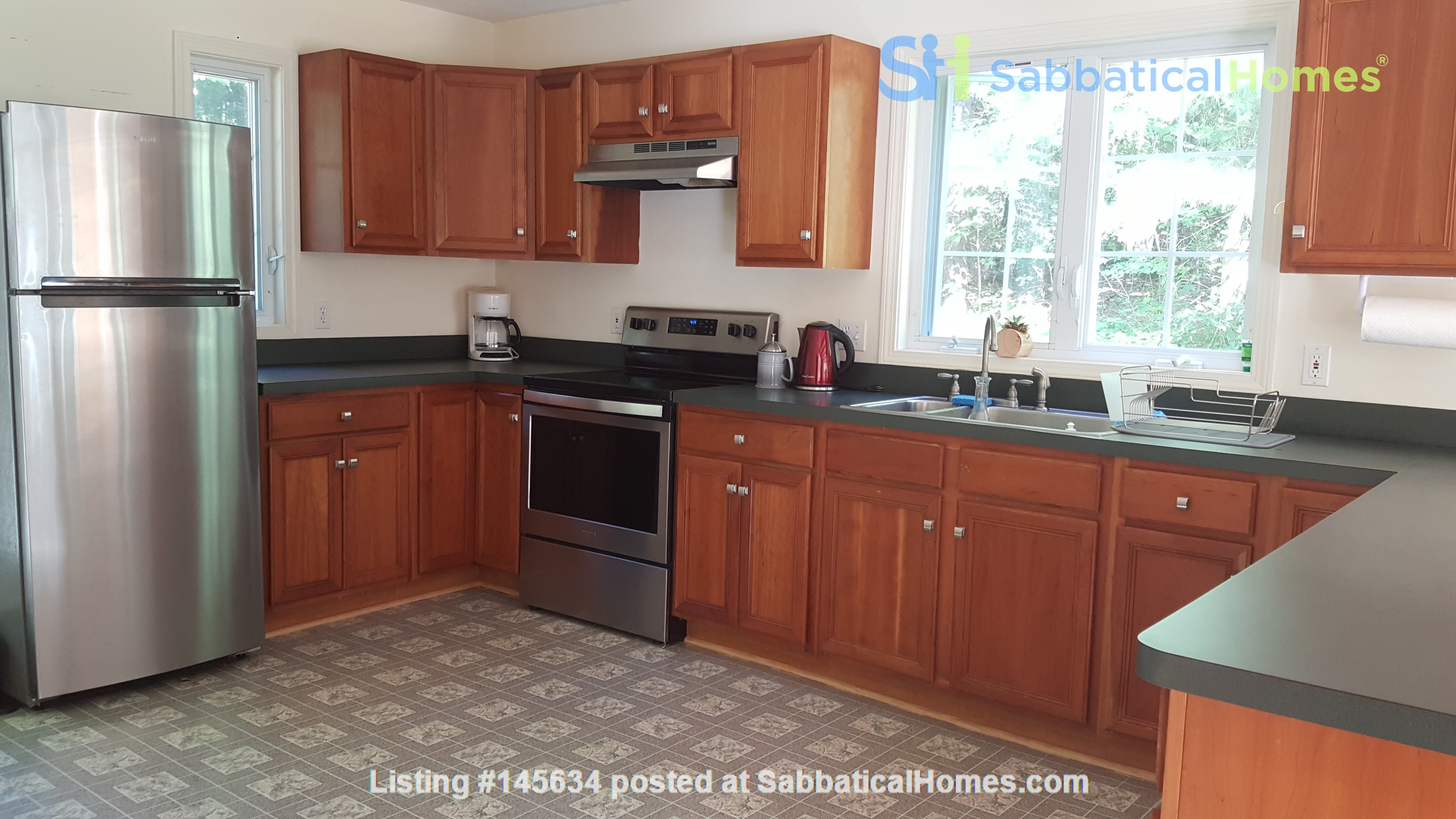 2 bedroom country house / 25 miles North of Boston and Cambridge Home Rental in Andover, Massachusetts, United States 3