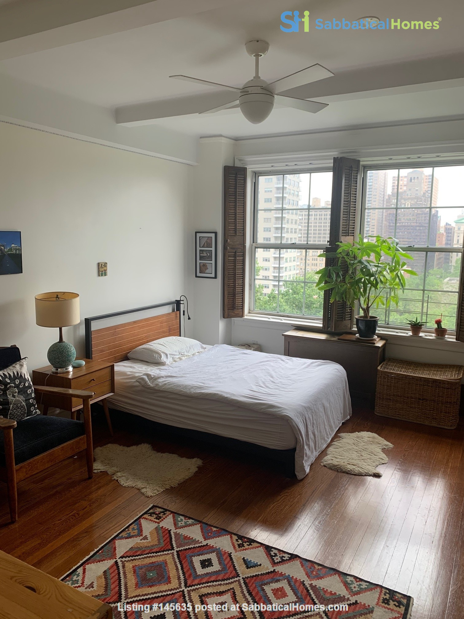 Summer Sublet High Over Washington Square Home Rental in New York, New York, United States 3